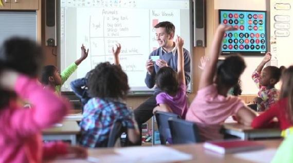 Học ngoại ngữ đặc biệt có ích cho trẻ em