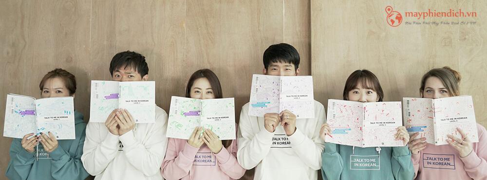 Học tiếng Hàn giao tiếp mất bao lâu?